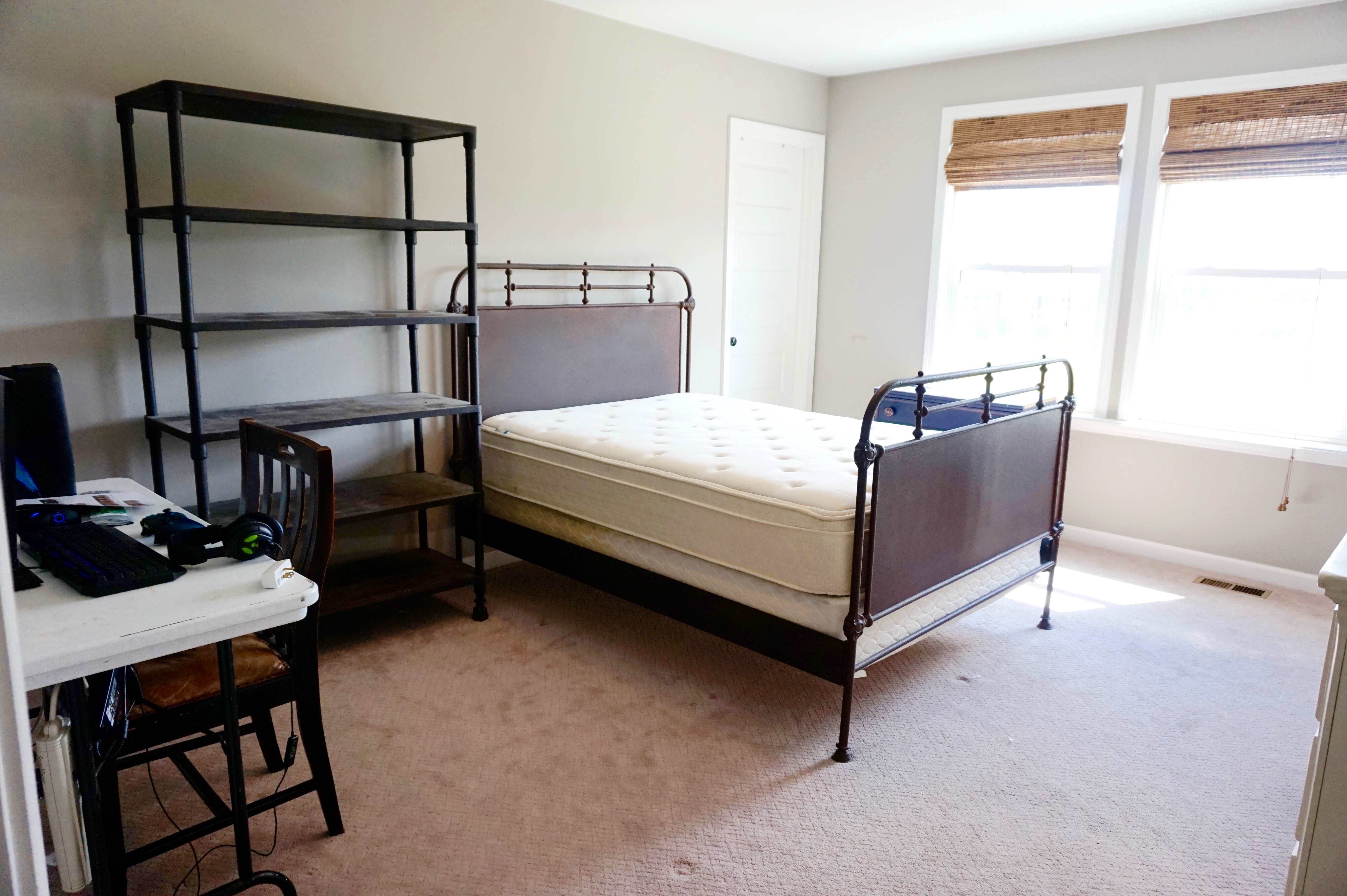 what to keep in a teen boy's bedroom