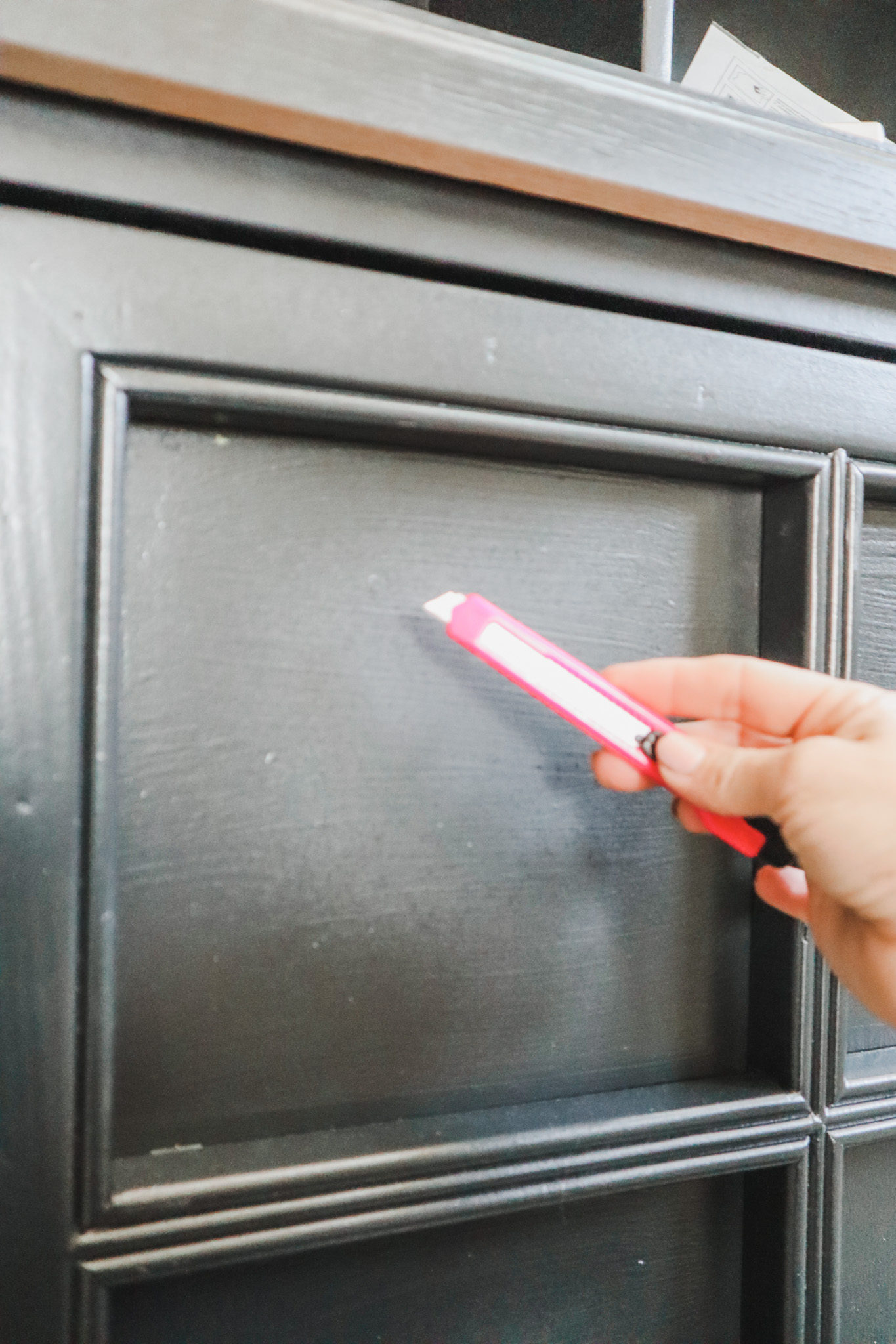 The easy way to paint doors with windows