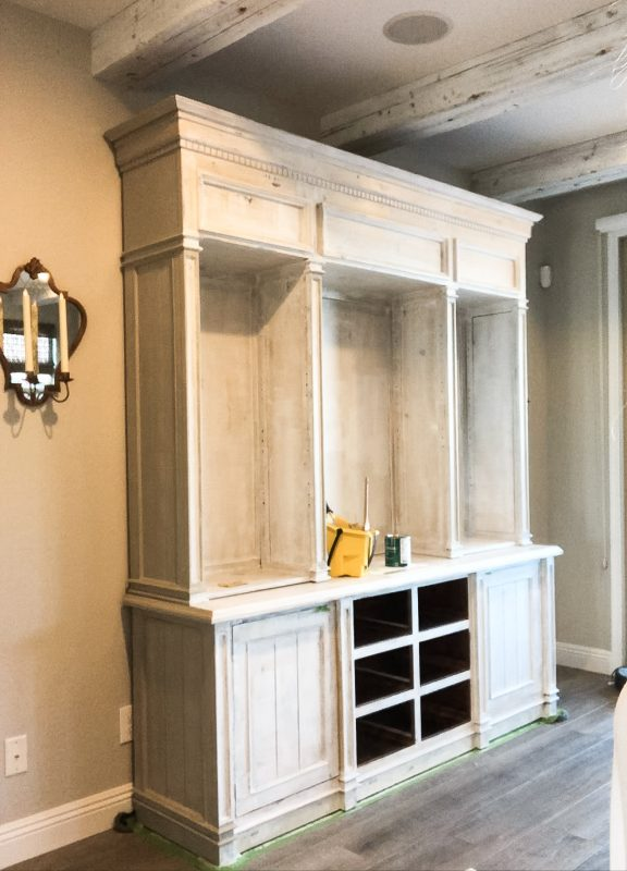 how to prime furniture for paint